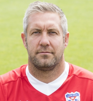 John Parkin is renowned for his figure. Captura/SkySports