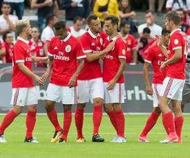 'Encarnados' venceram equipa da quarta divisão inglesa. Twitter