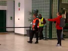 Jonas discute com torcedores do Sporting. Captura A BolaTV