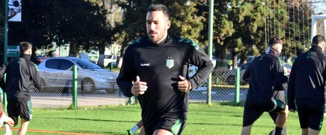 Jonás Gutiérrez, nouveau joueur de Banfield. CAB_Oficial