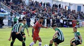 Independiente quiere a Jonathan Herrera. Twitter/CACCSANTIAGO