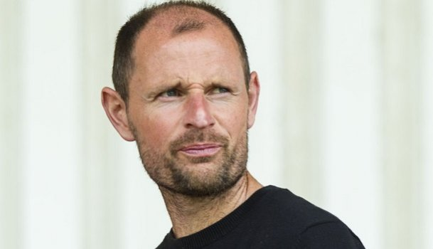 Jonhston ha firmado un nuevo contrato con el Dunfermline. SPFL
