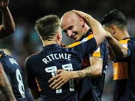 Jonjo Shelvey anotó dos de los seis goles que logró el Newcastle ante el QPR. NUFC