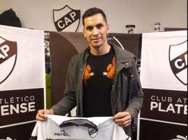 Jorge de Olivera es el noveno refuerzo de Platense. Twitter