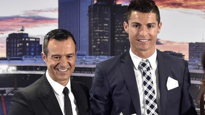 Jorge Mendes spoke about the future of his friend and client Cristiano Ronaldo. EFE