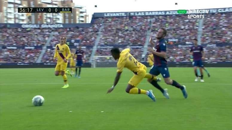 Le Barça bénéficie d'un penalty (marqué par Messi). Capture/DIRECTVSPORTS