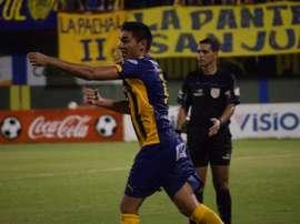 Jorge Ortega, en un partido de Sportivo Luqueño. ClubSportivoLuqueño