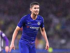 Jorginho jugó su primer encuentro con el Chelsea. Twitter/ChelseaFC