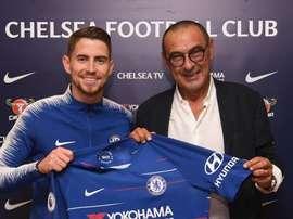 Jorginho assinou um contrato de cinco anos. ChelseaFC