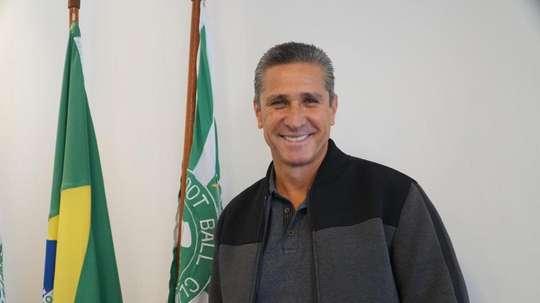 Jorginho durou um mês como técnico do Coritiba. Twitter/Coritiba