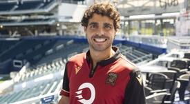José Galán fue presentado por su nuevo club. Twitter/ValourFootball