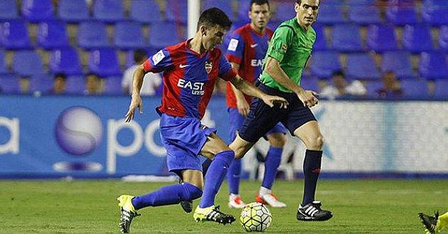 José Luis García, Pepelu, con el Levante. Twitter