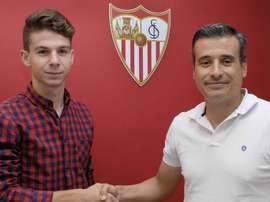 José María Amo sigue con sus problemas de rodilla. SevillaFC