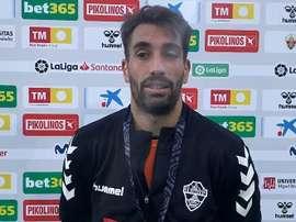 Josema, orgulloso del sistema defensivo del Elche. Captura/ElcheCF