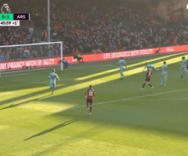 Josh King equalises for Bournemouth. Captura/RMCSport