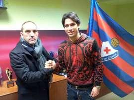 El jugador militará en el Championship. Eibar