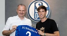 Miranda se marcha al Schalke 04. Twitter/S04_es