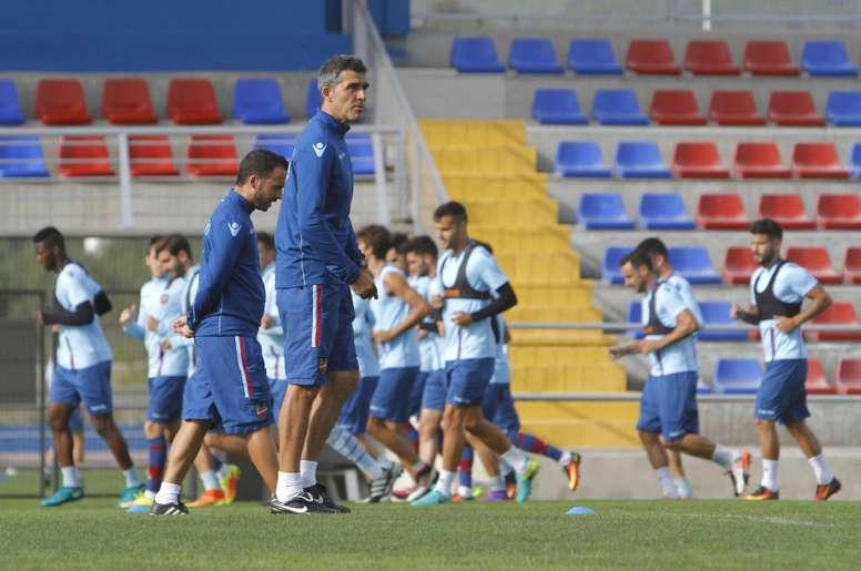 El técnico del Levante cree que Abraham se perderá el choque ante el Sevilla Atlético. LevanteUD