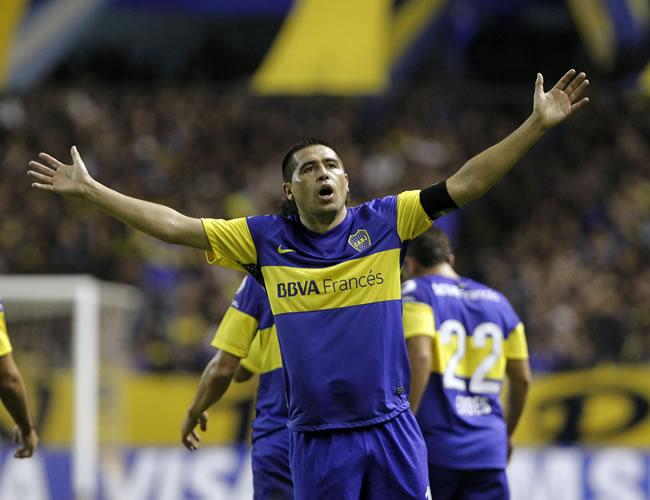 El partido de despedida de Riquelme podría ser en septiembre. EFE