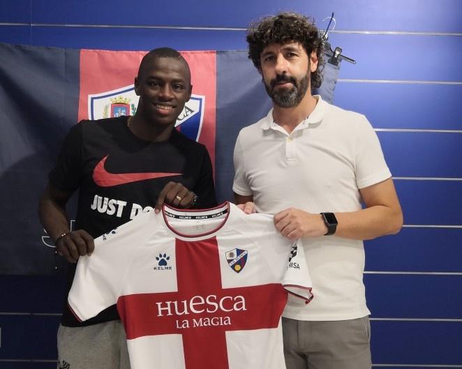 Juan Sebastián Peñaloza firmó cinco años con el Huesca. SDHuesca