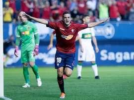 El jugador está feliz en su etapa como 'rojillo'. Twitter/CAOsasuna