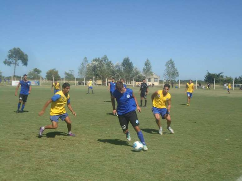 Everton La Plata ya busca un nuevo entrenador. Evertonlaplata