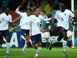Jugadores de Francia Sub 17, celebrando un gol. Twitter