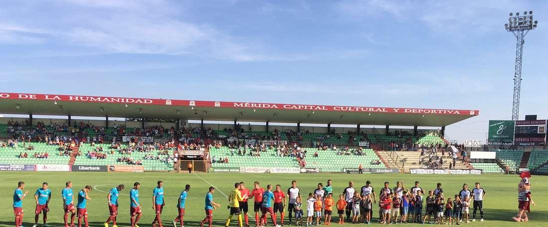 El Cartagena sigue por delante en la clasificación. Mérida