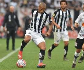 Santos no puede ante el empuje de Corinthians. Twitter/SantosFC