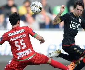 Empate sin goles en el partido del Standard. AFP