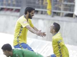 Jugadores del Cádiz celebran un gol ante el Linares. CadizCF