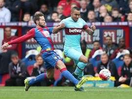 El West Ham logró la victoria en Selhurst Park, ante un Palace con diez jugadores.