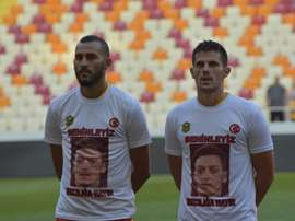 El Malatyaspor mostró su apoyo a Özil. Twitter/YMSkulubu
