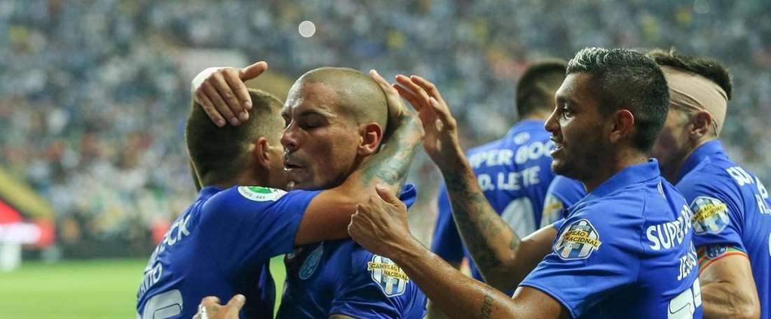El Oporto pierde tras ir ganando 0-2, Twitter/FCPorto