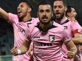 El Palermo hincó la rodilla ante el colista. Palermo