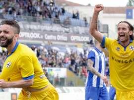 Al Parma aún le quedan dos ascensos para volver a Serie A. Parmacalcio1913