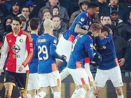 Héctor Moreno y Narsingh fueron los autores de los goles del PSV. Twitter