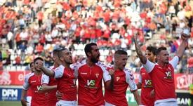 El Murcia supo encajar el golpe y terminó venciendo al Almería. RealMurcia