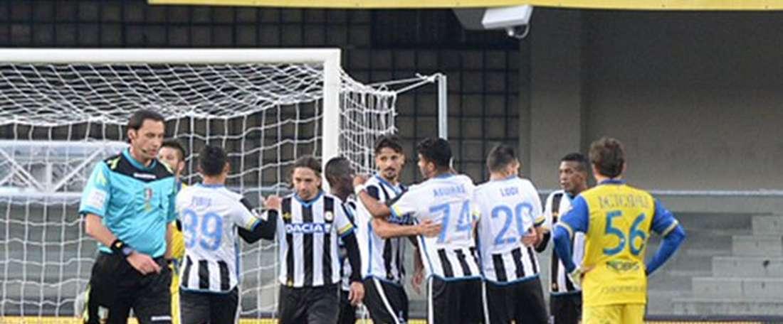 El Udinese logra su segunda victoria consecutiva ante el Chievo, como visitante.