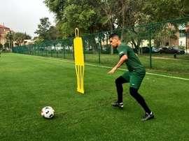 Junior Burgos, en un entrenamiento. Twitter