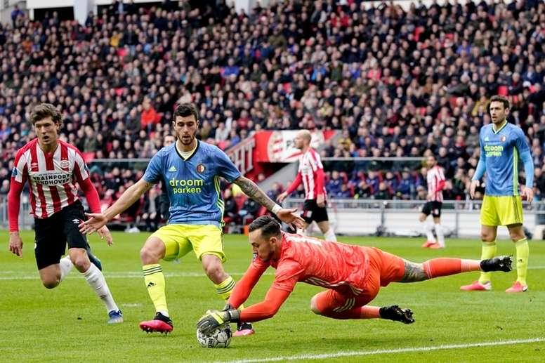 Feyenoord y Utrecht quieren jugar la final de Copa. Twitter/PSV