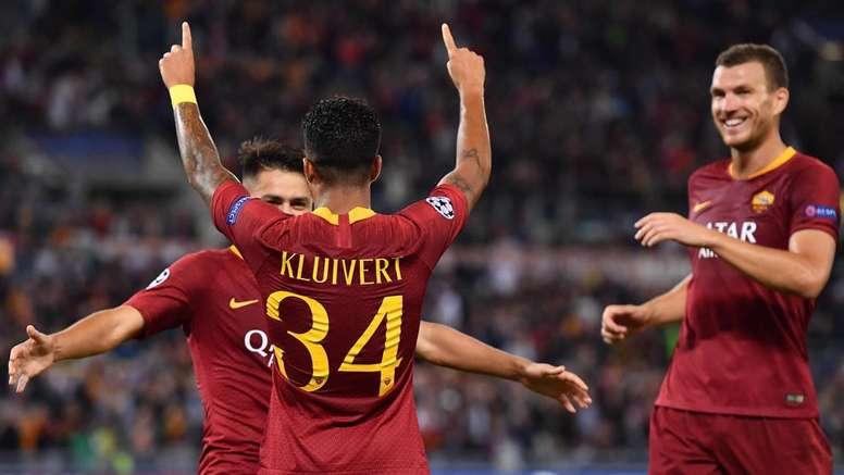 Kluivert analizó el fichaje de De Jong por el Barça. EFE