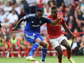 Kagisho Dikgacoi deja Cardiff City inglés para irse al Golden Arrows sudafricano. CardiffCityFC