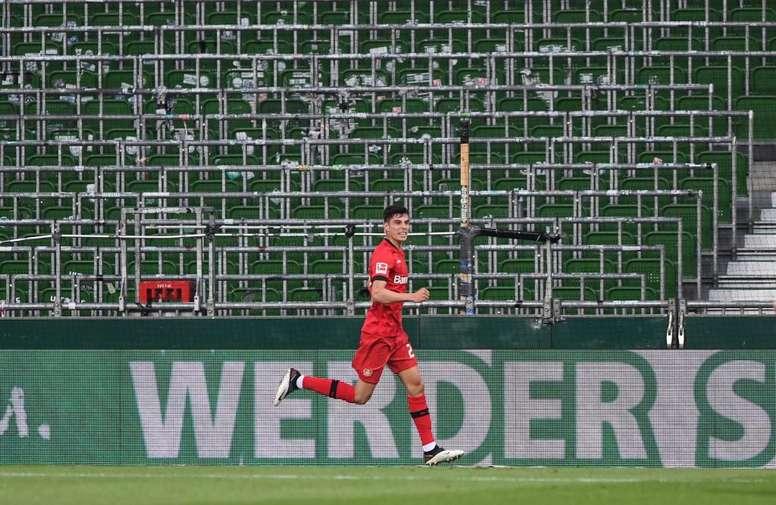 Kai Havertz hizo los dos primeros goles del Bayer en Bremen. Twitter/bayer04_es