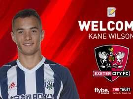 El lateral jugará cedido por una temporada. ExeterCityFC