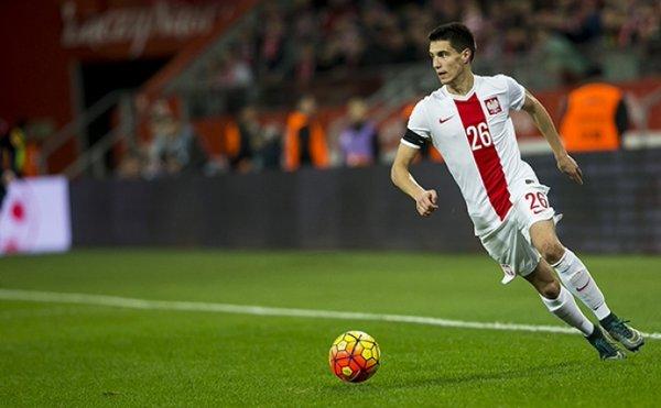 Kapustka podría jugar la próxima campaña en el Southampton. Twitter