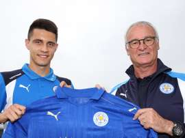 Kapustka with new manager Claudio Ranieri. LCFC
