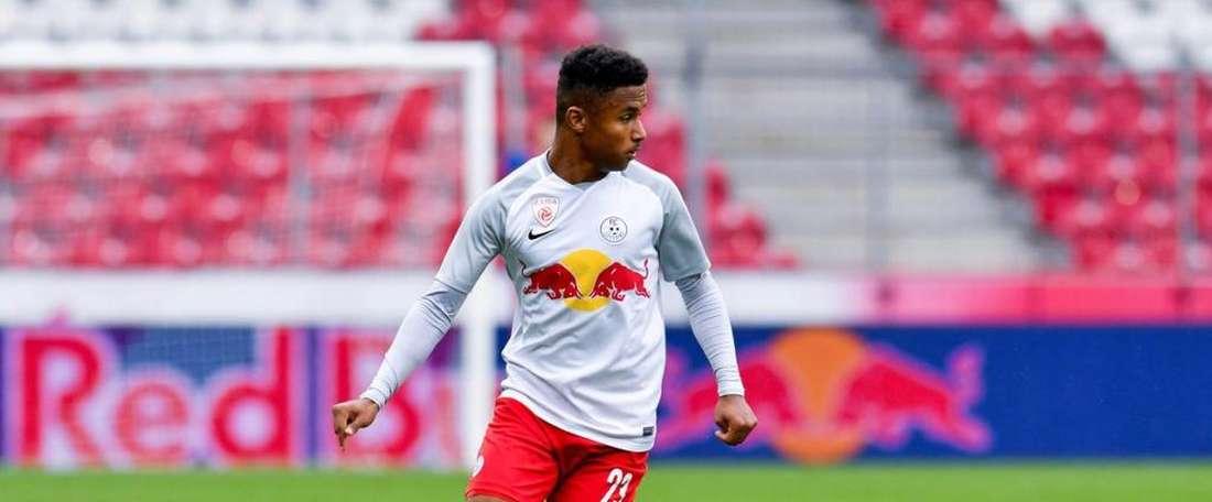 Liverpool e Arsenal, de olho em alemão de 17 anos. redbullsalzburg.at