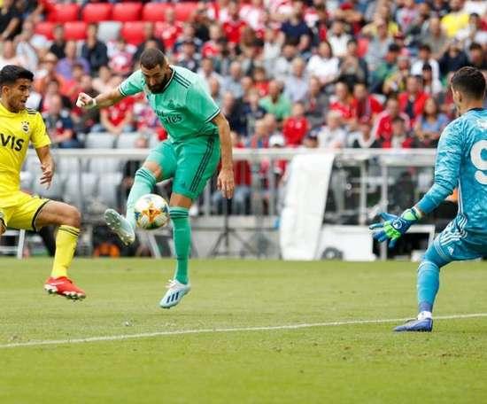 Benzema foi um dos responsáveis pela vitória do Real Madrid. RealMadrid