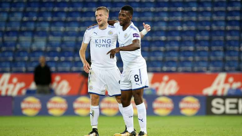 Vardy e Iheanacho es la delantera del Leicester 17-18. LCFC